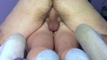 Sexo anal con la prima, y como le duele