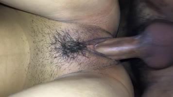 Me vengo dentro de su vagina en cuatro
