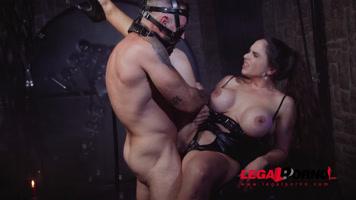 Video porno hardcore con Marta La Croft