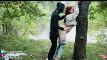 Sexo al aire libre con pelirroja adolescente